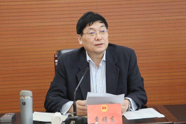 县委常委,常务副县长张亚曦,县人民法院,人民检察院负责人列席会议.